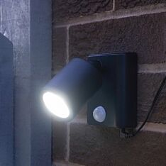 Solar Security Wall Light with PIR Sensor