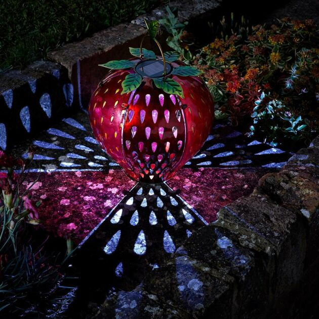 Solar Novelty Strawberry Light