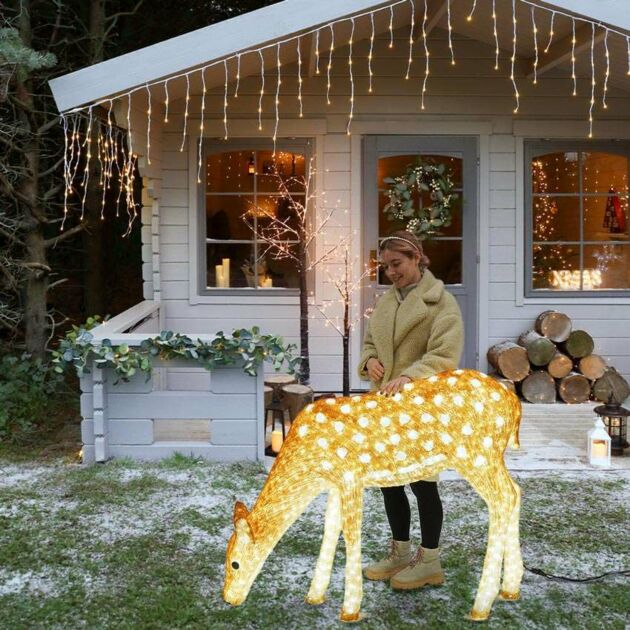 1.3m Large Brown Female Reindeer Commercial Sculpture, 2,860 White LEDs