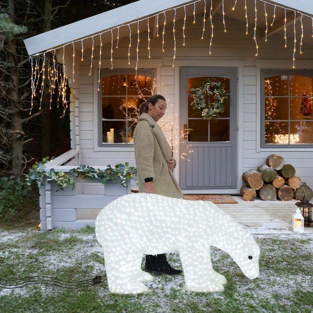1.35m Large Male Polar Bear Commercial Sculpture, 3,000 White LEDs