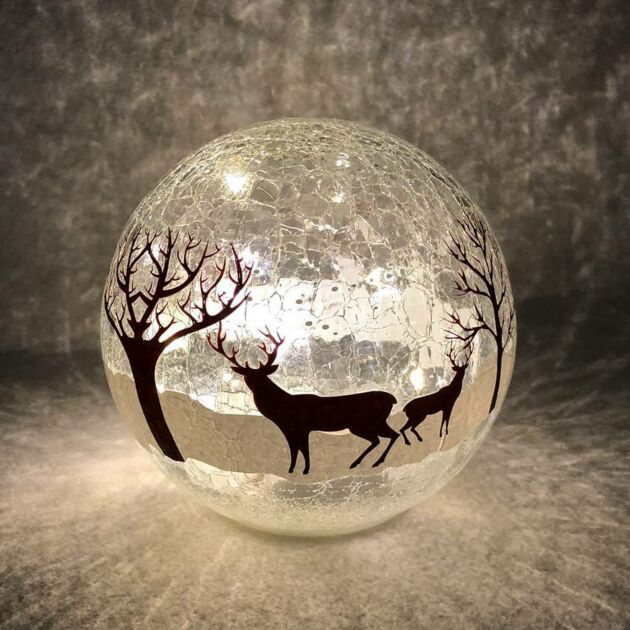 15cm Battery Tabletop Crackle Effect Reindeer Ball