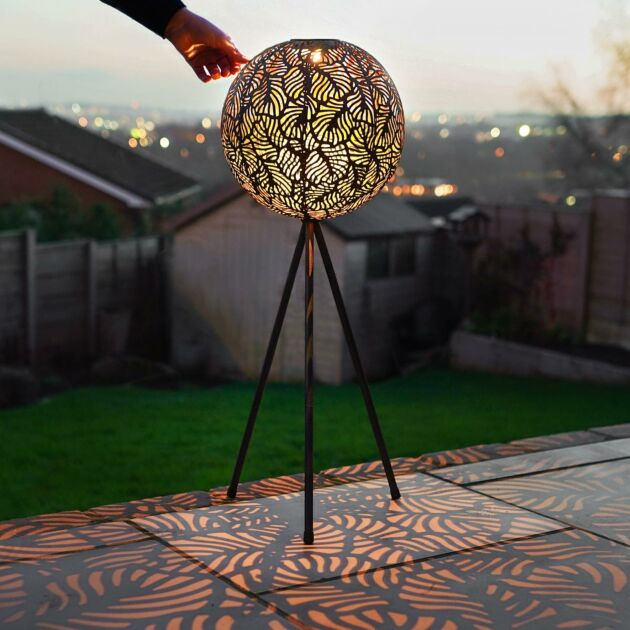 Solar Standing Adjustable Globe Leaf Lantern