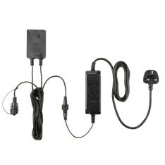 ConnectGo Medium Transformer, UK Plug, Black Cable