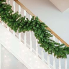 2.7m Green Christmas Garland